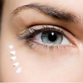 уход-за-кожей-вокруг-глаз